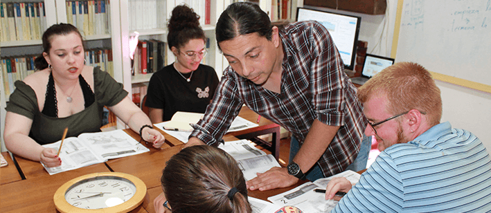 CURSOS Y PROGRAMAS PARA ESTUDIANTES UNIVERSITARIOS